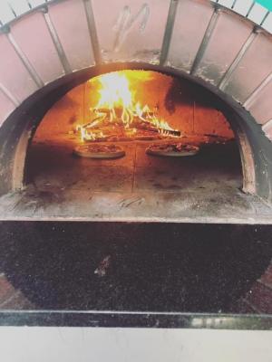 PizzasinOven.jpg